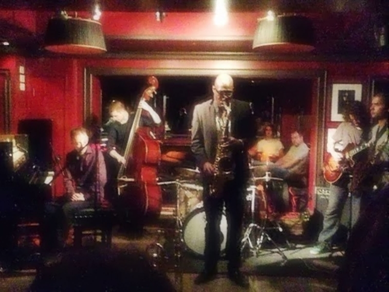 andrew_at_ronnies2